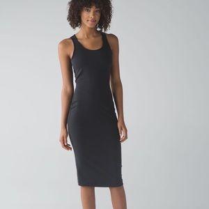 Lululemon EUC Globetrotter Dress 8 Black